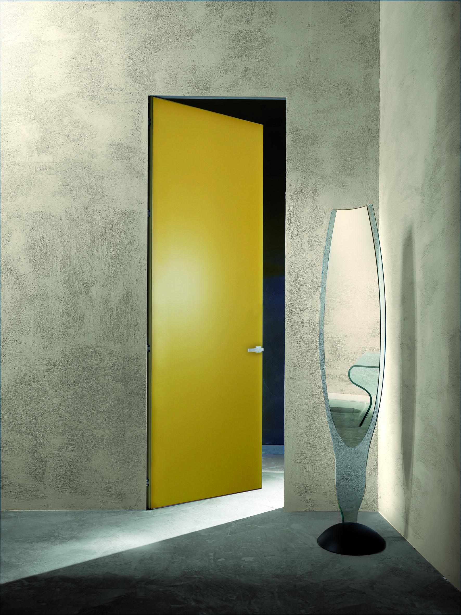 porte in legno o vetro scorrevoli o a battente
